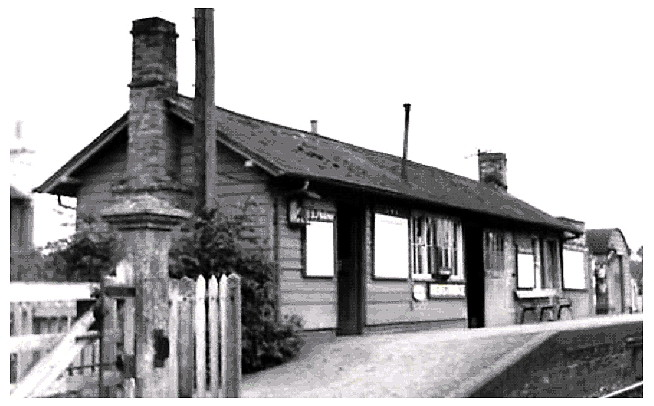 Henstridge Station